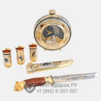 Набор охотничий с тремя стопками и ножом